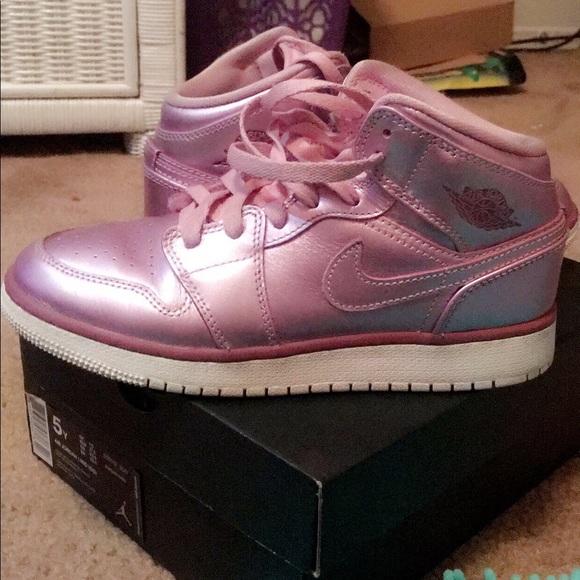 """Air Jordan 1 Mid Se GS """"Pink Rose"""" 5Y"""